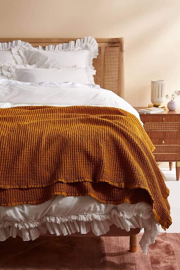 Anthropologie Textiles Sale March 2020 - Bedding, Rugs ...