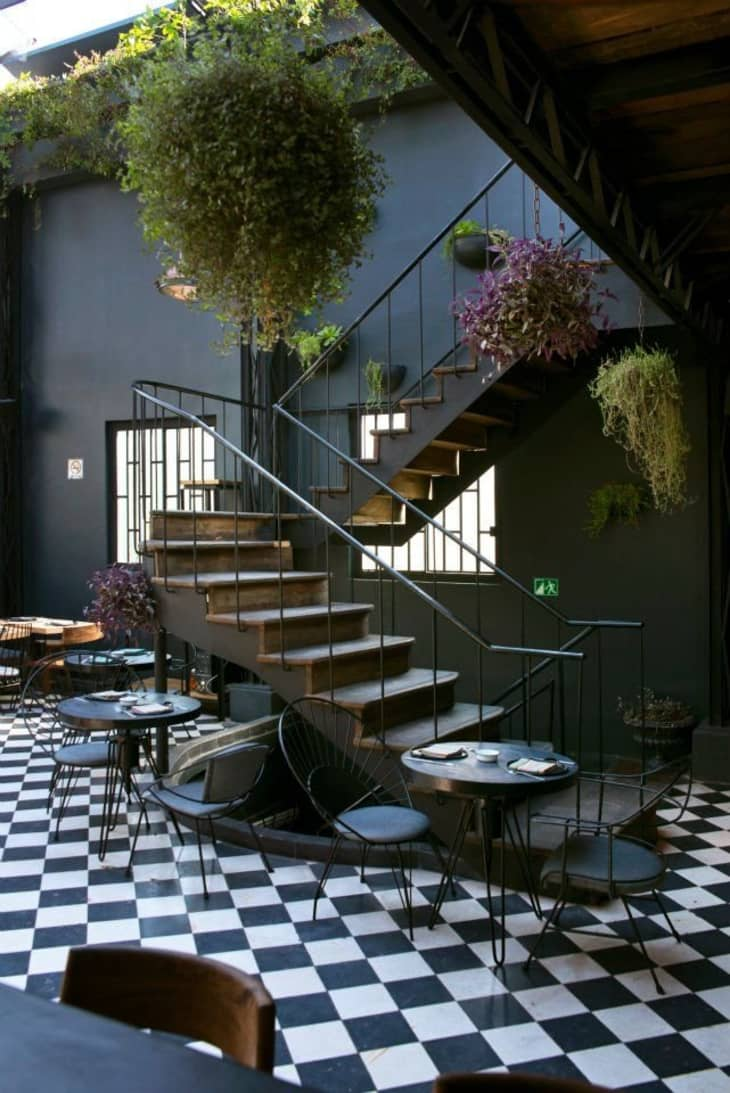 10 Decorating Ideas To Steal From The World S Most Stylish Restaurants Apartment Therapy