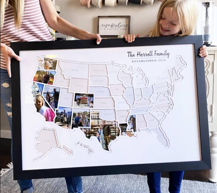 产品形象:框个性化的美国照片地图