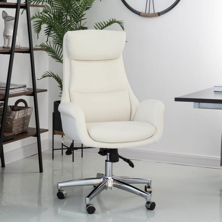 Importance of Choosing Comfortable Office Chair