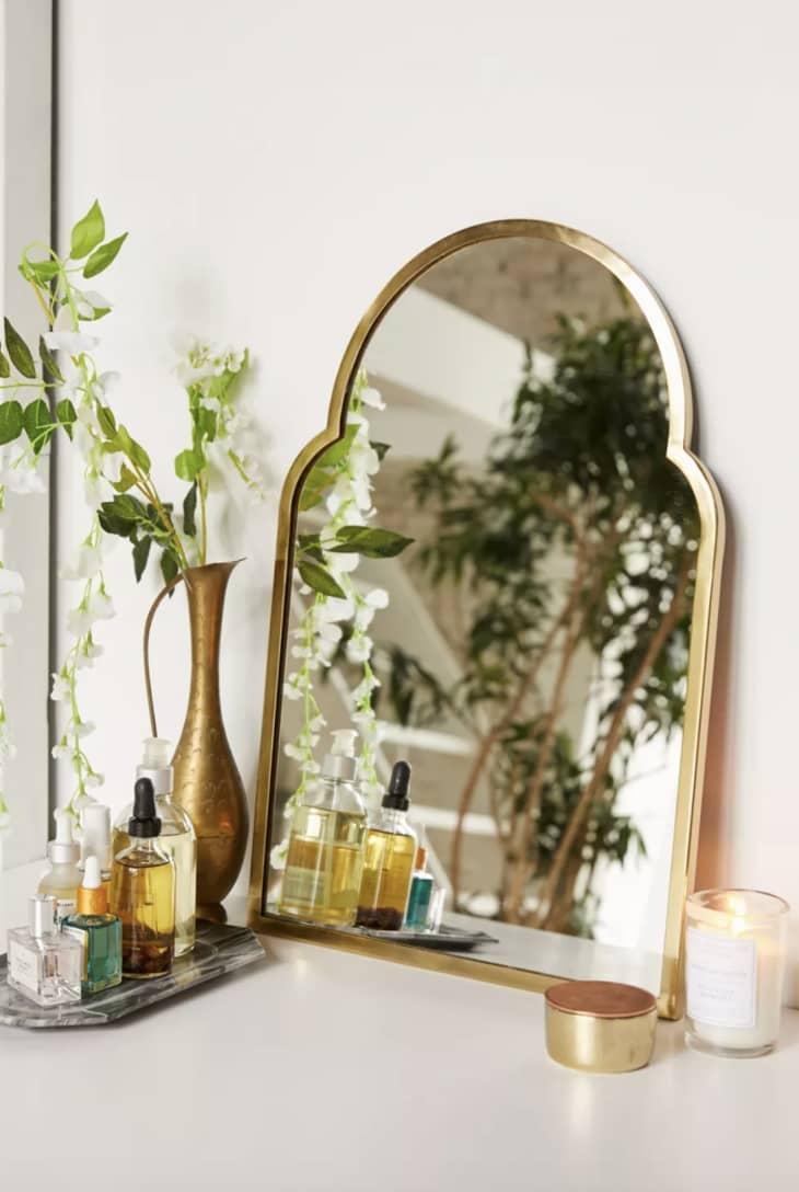 产品形象:Varena拱形墙镜