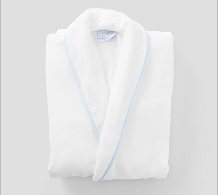 产品形象:女性个性化长袍