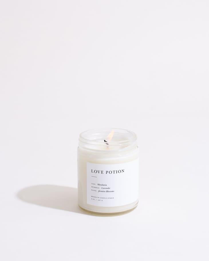 产品形象:爱情药剂极简蜡烛