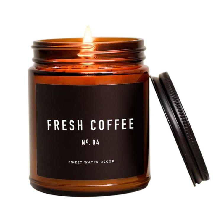 产品形象:新鲜咖啡大豆蜡蜡烛