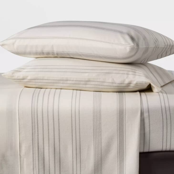 The Best Flannel Sheets 2020 Flannel Sheet Reviews Apartment Therapy
