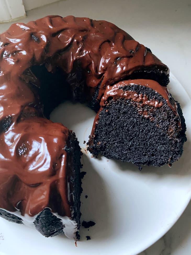 I Tried the Reddit-Famous Nana's Devil's Food Cake | Kitchn