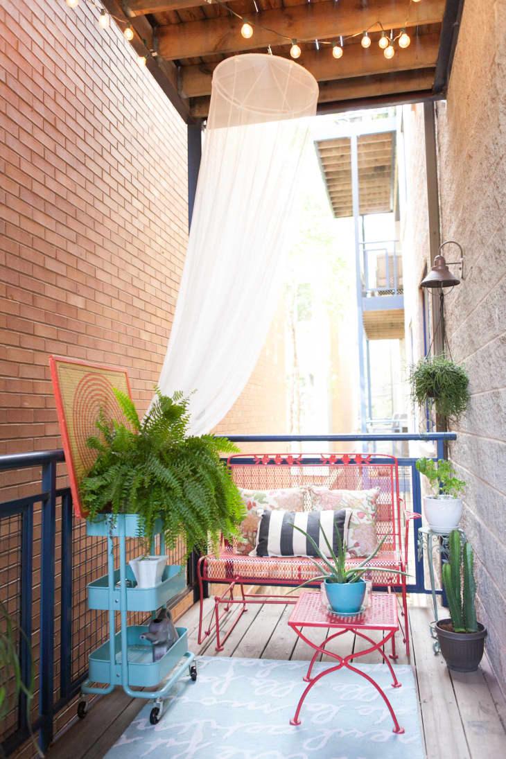 20 Fun Balcony Ideas - How to Decorate a Small Balcony  Apartment