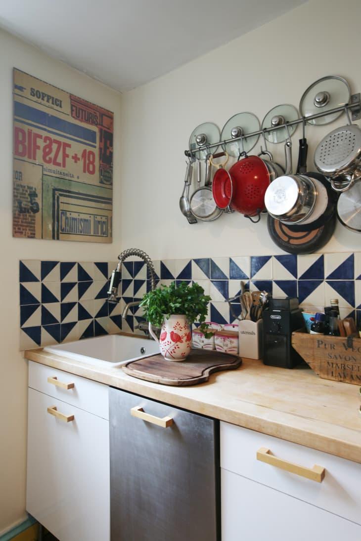 10 Clever Pot Lid Organizer Ideas - How to Store Pot Lids ...