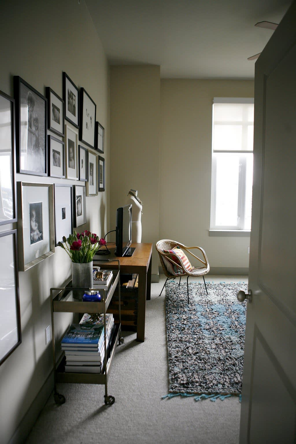 House Tour: A Bright Vintage Modern Loft   Apartment Therapy