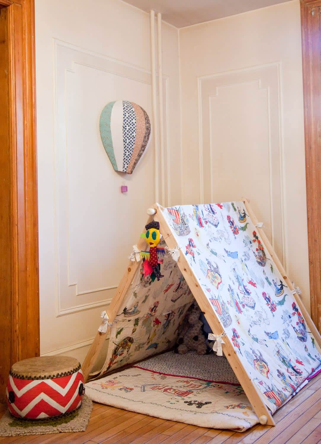 A Nook Of One S Own Kids Hideouts Hideaways Apartment Therapy
