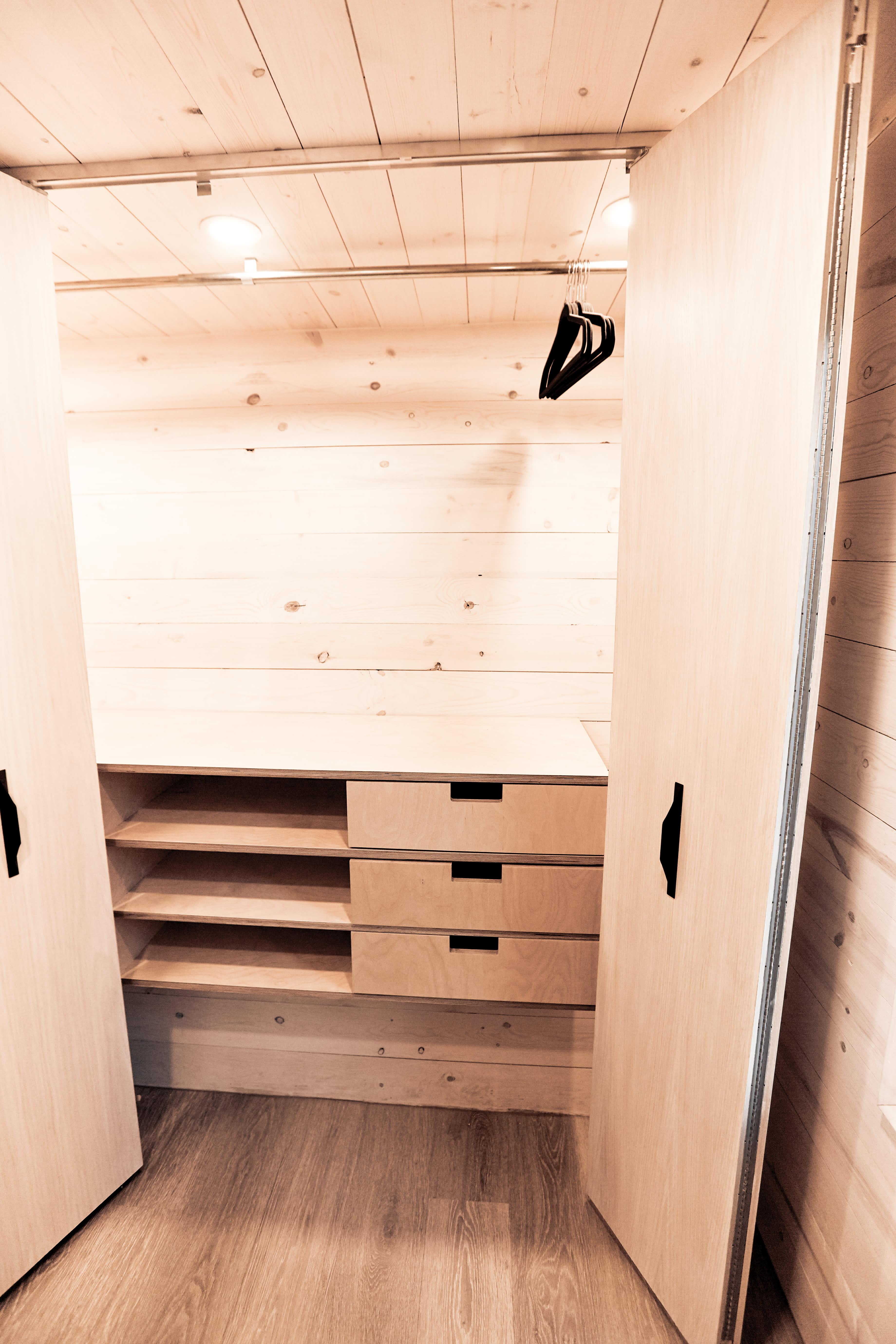 Tiny House Camper Draper RV | Apartment Therapy