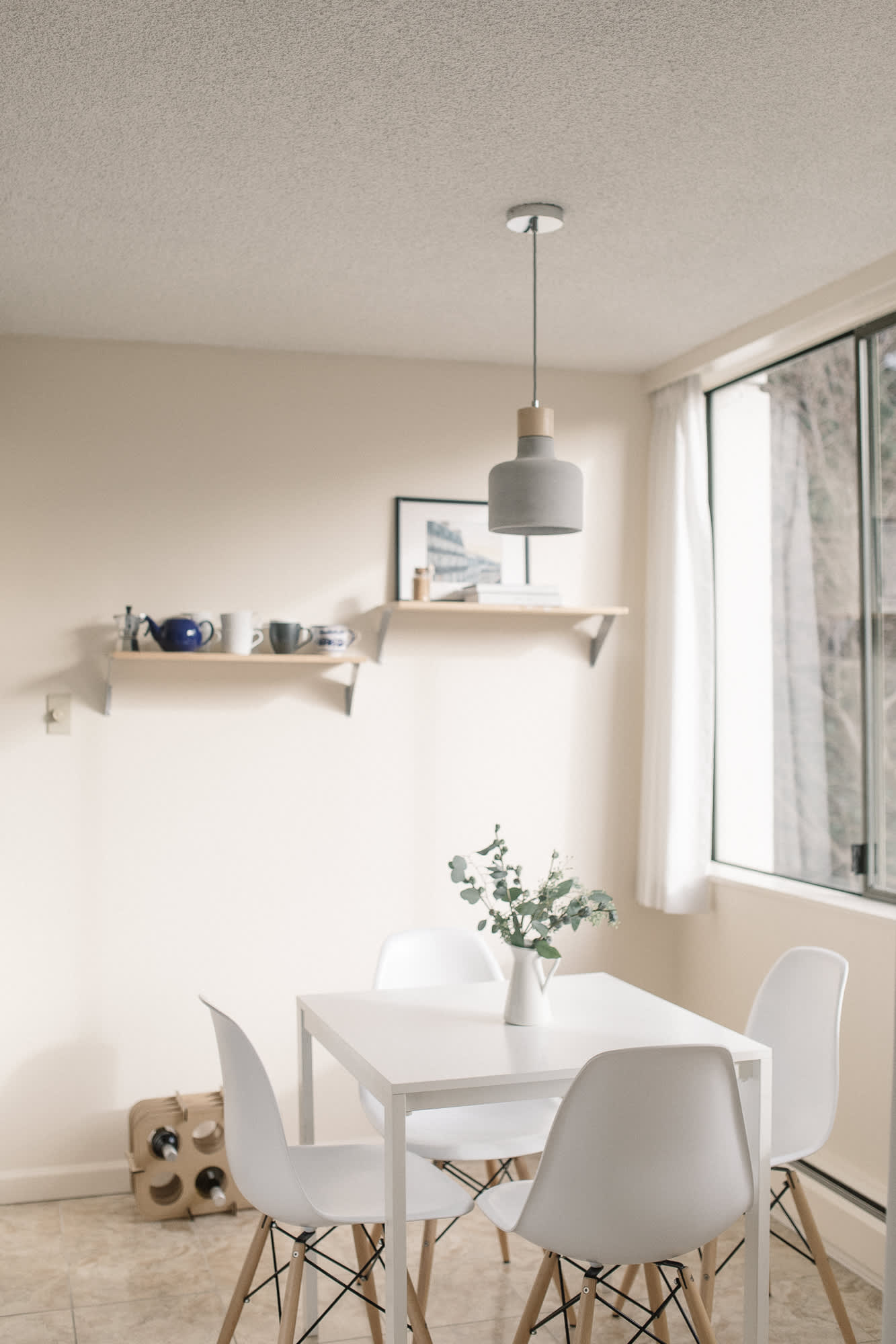 A Scandinavian-Inspired Small Apartment in Vancouver ...