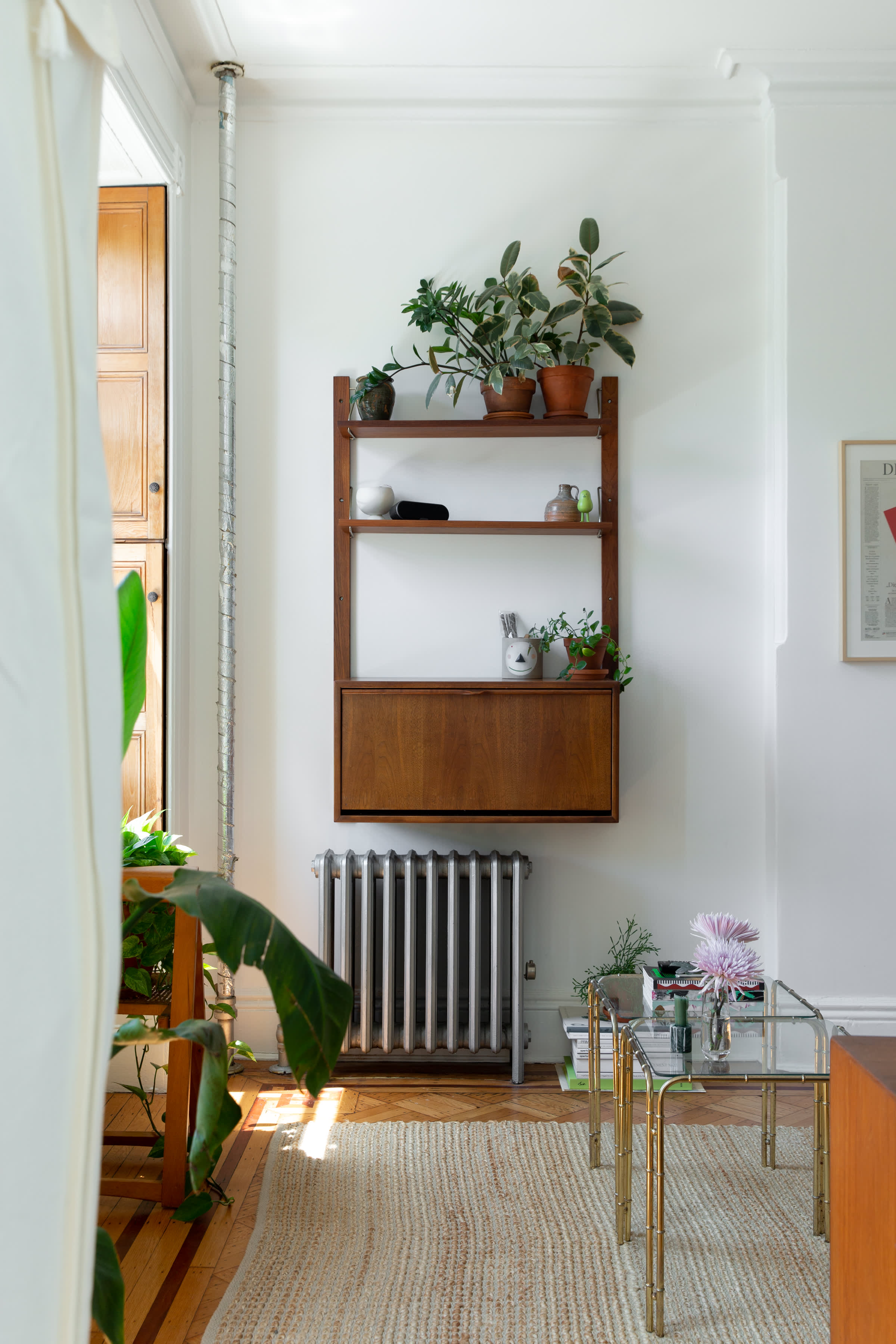 400-Square-Foot Studio Apartment Small Space Tips ...