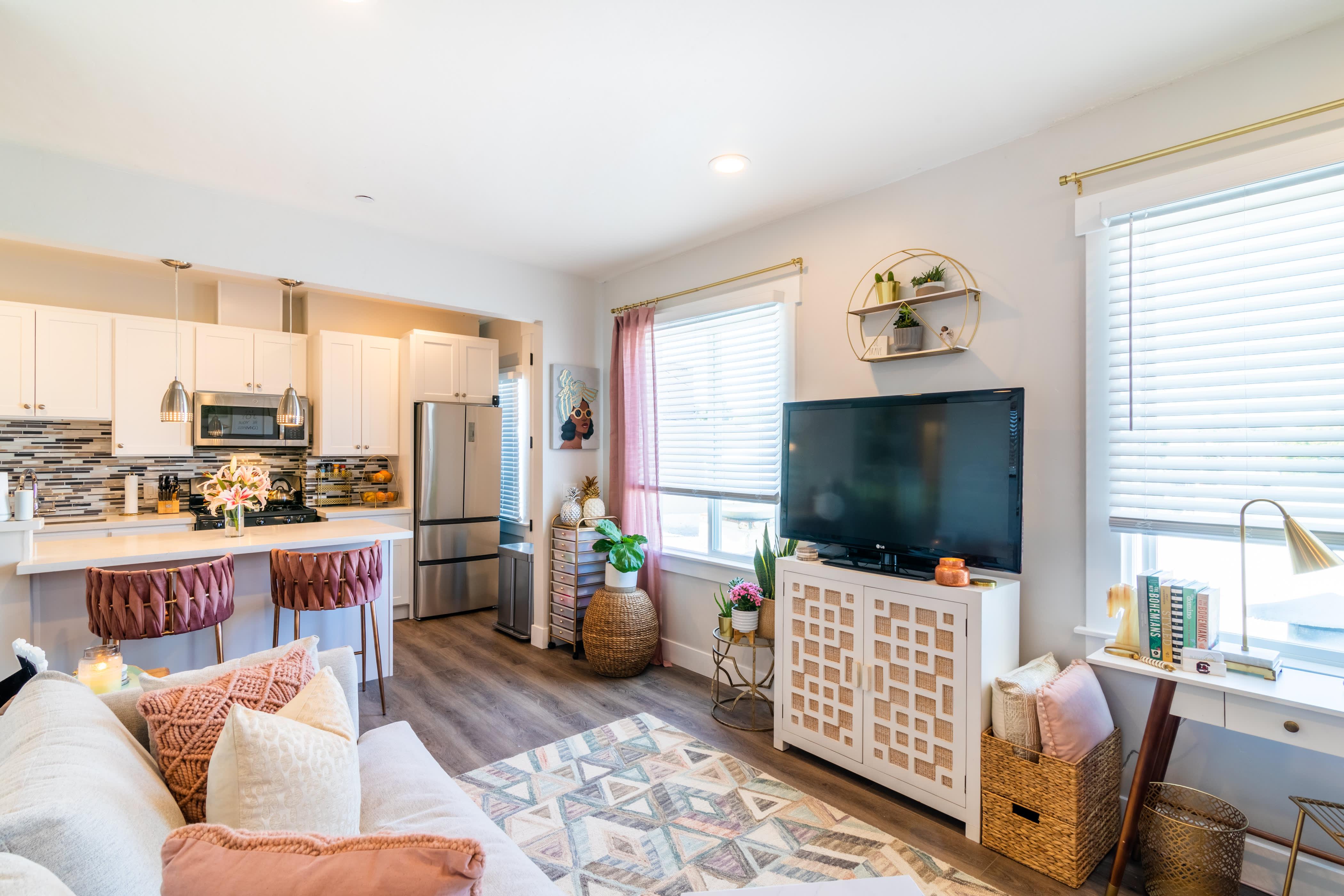 450 Square Foot Rental Apartment Decor Inspiration