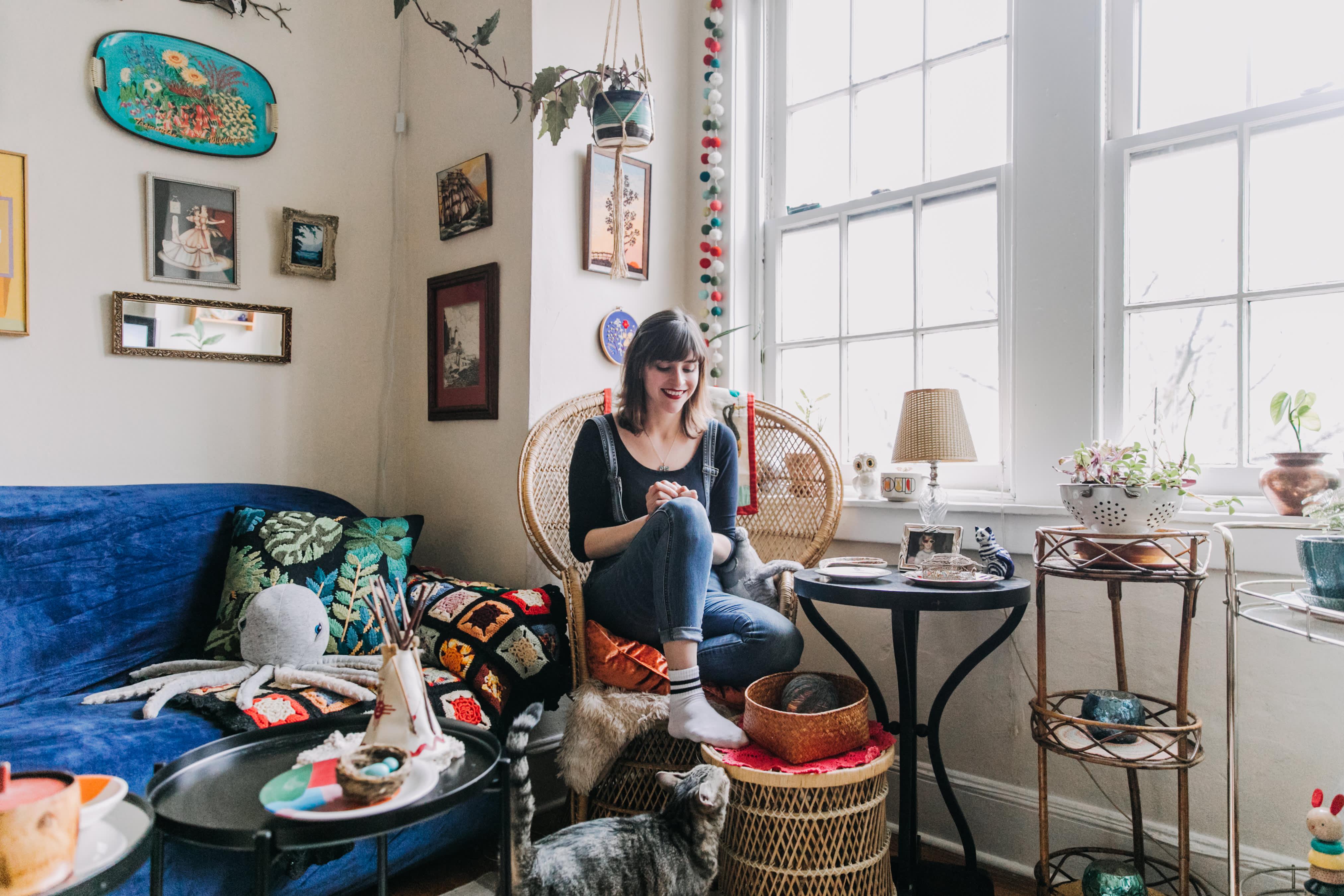 Small Studio Apartment Maximalist Decorating Ideas Therapy