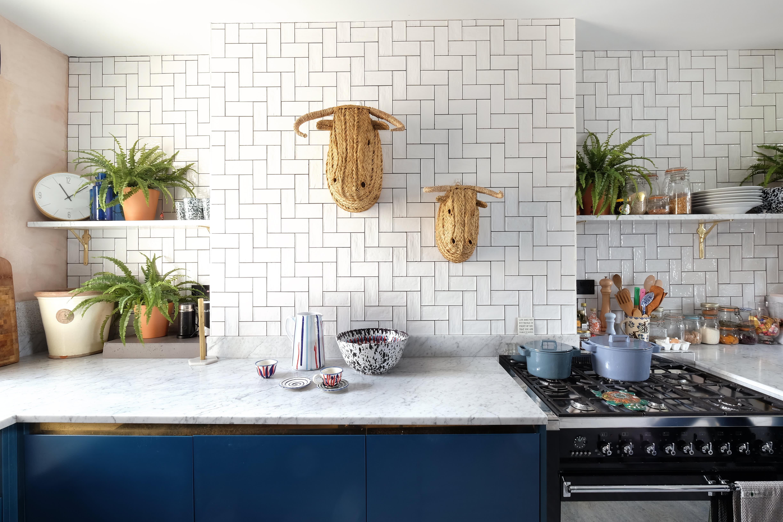 - Kitchen Backsplash - Tile Ideas, Pictures, Designs Apartment Therapy
