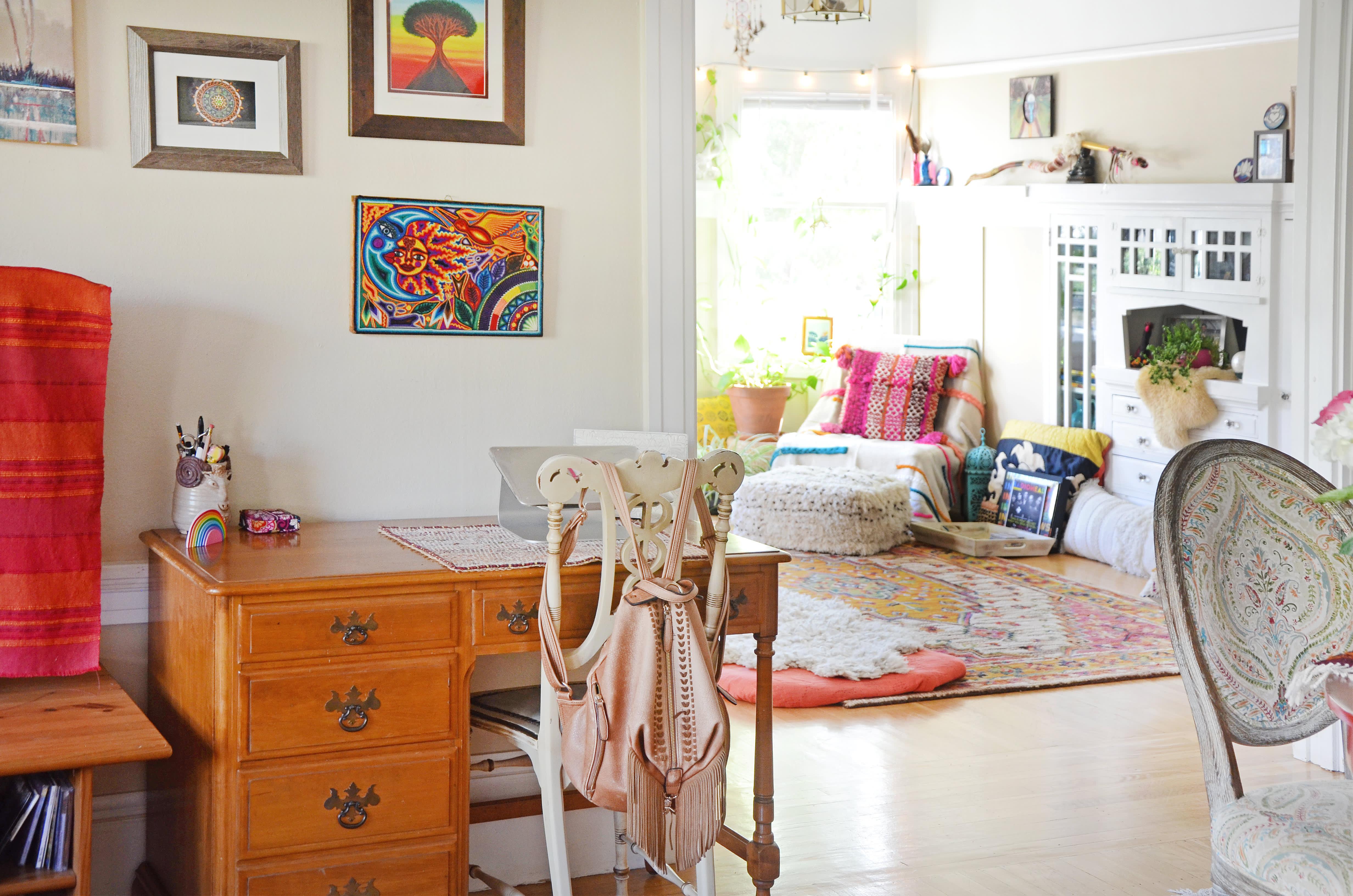 House Tour: A Rainbow-Boho Apartment in Oakland ...