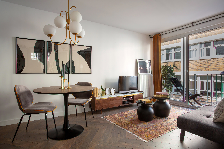 Pied À Terre Paris remodeling ideas in a modern paris studio apartment
