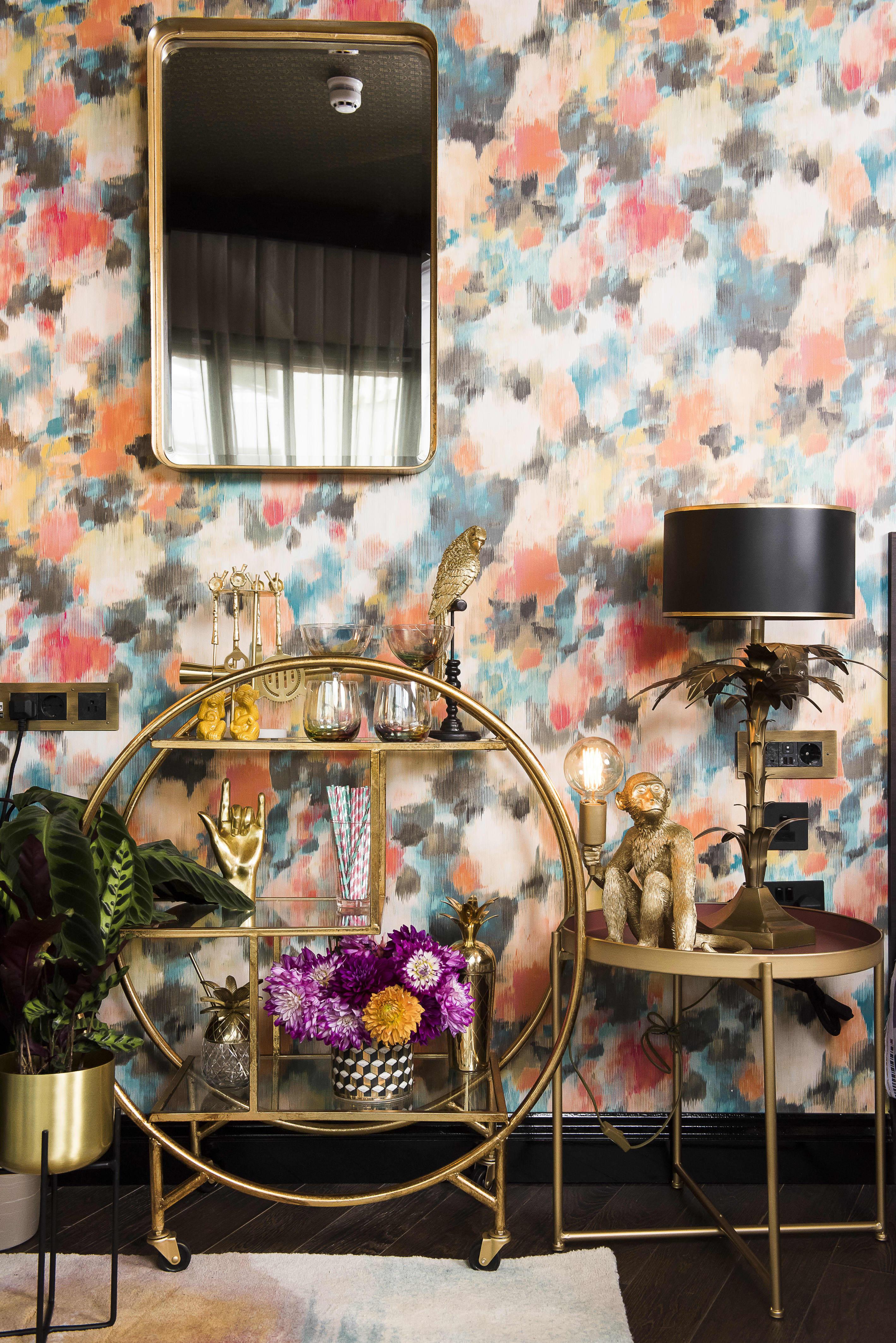 Minimalist Hotel Room: Minimalist Maximalist Hotel Room Design Decor
