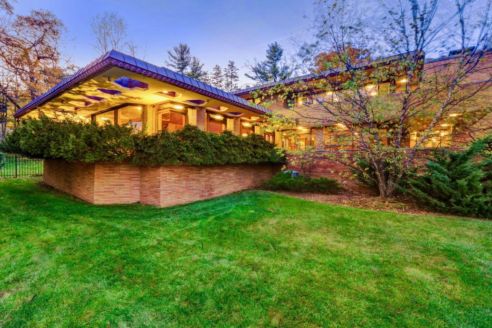 Frank Lloyd Wright Inspired Houses frank lloyd wright marvelous mrs. maisel house | apartment