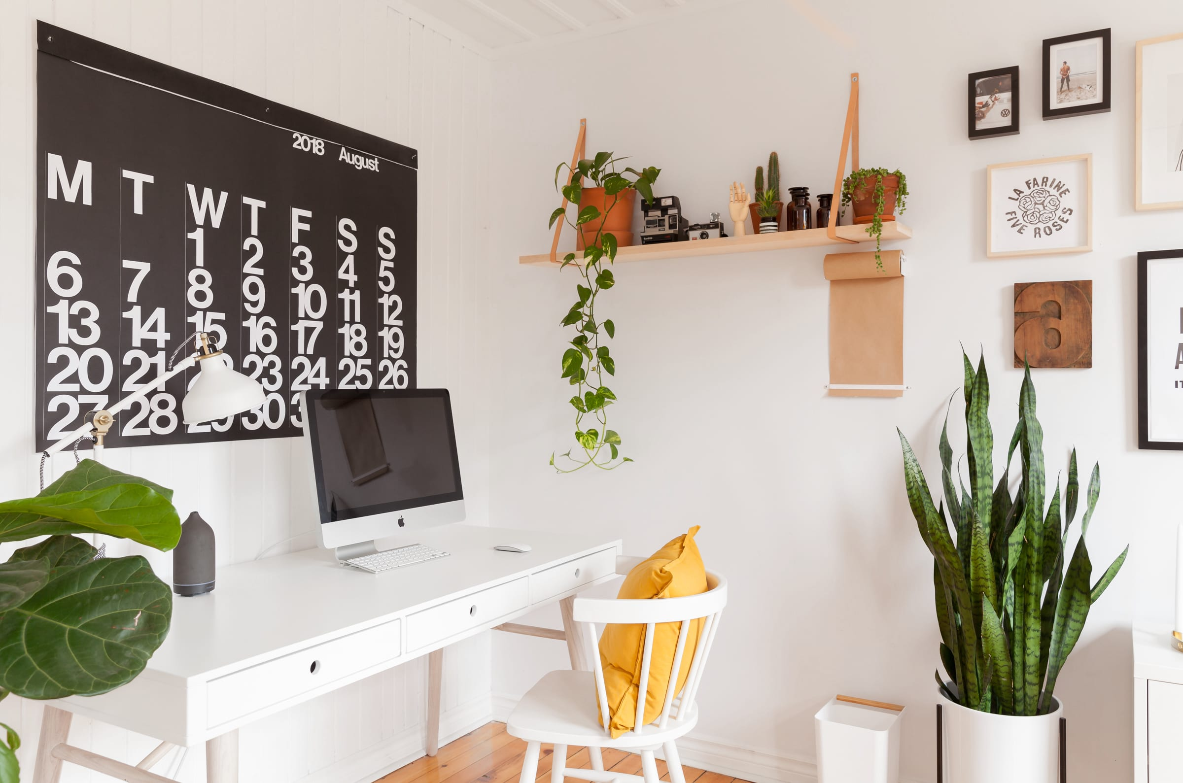 """These 3 Things Make the """"Perfect"""" Home Office, According to Real Estate Agents"""