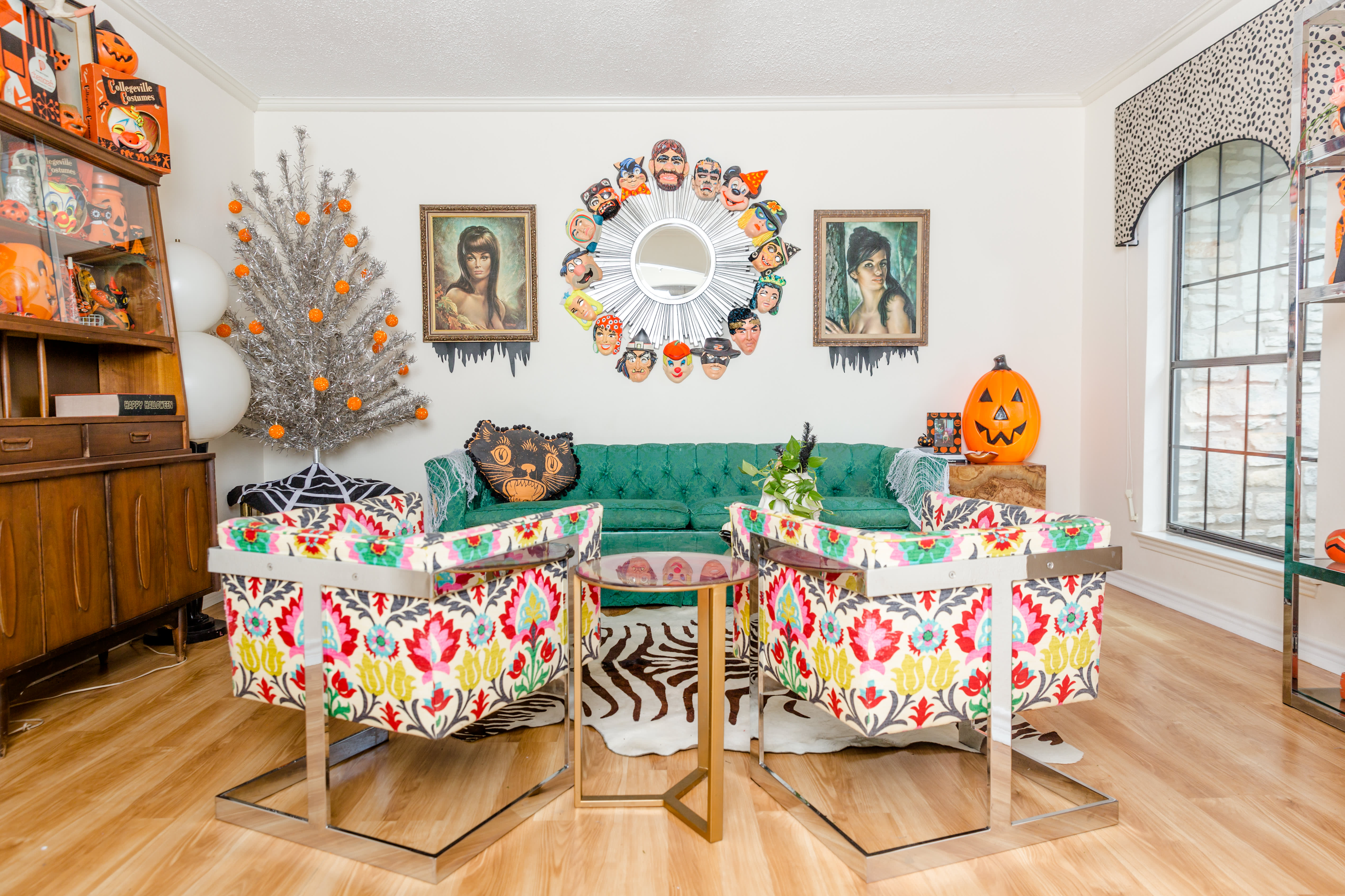 Super Halloween Decorators 2019 Apartment Therapy