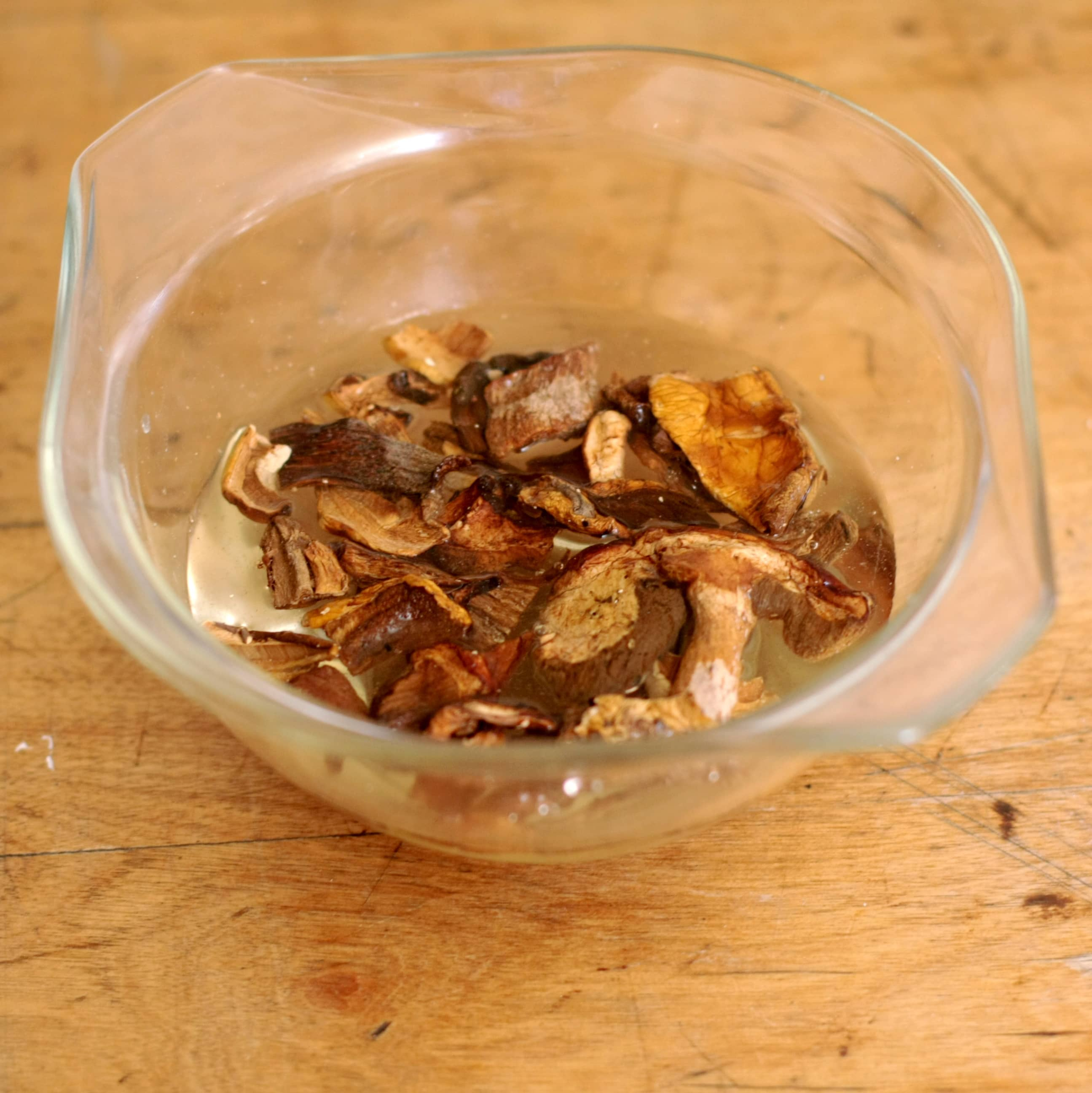 how long to cook dried mushrooms