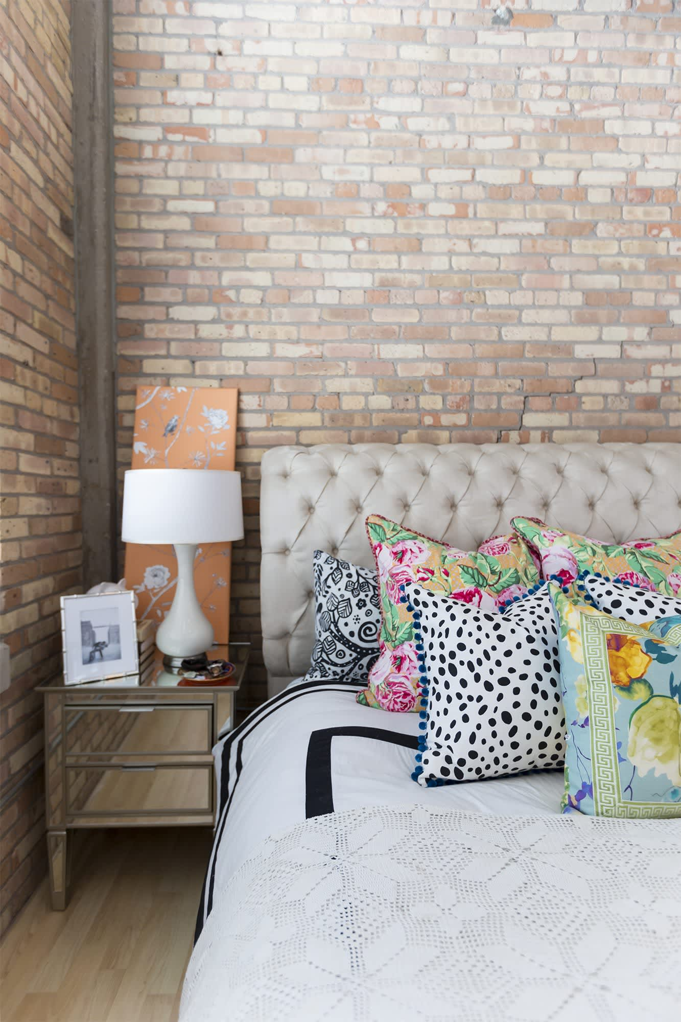 House Tour: A Lovely & Eclectic Milwaukee Loft | Apartment ...
