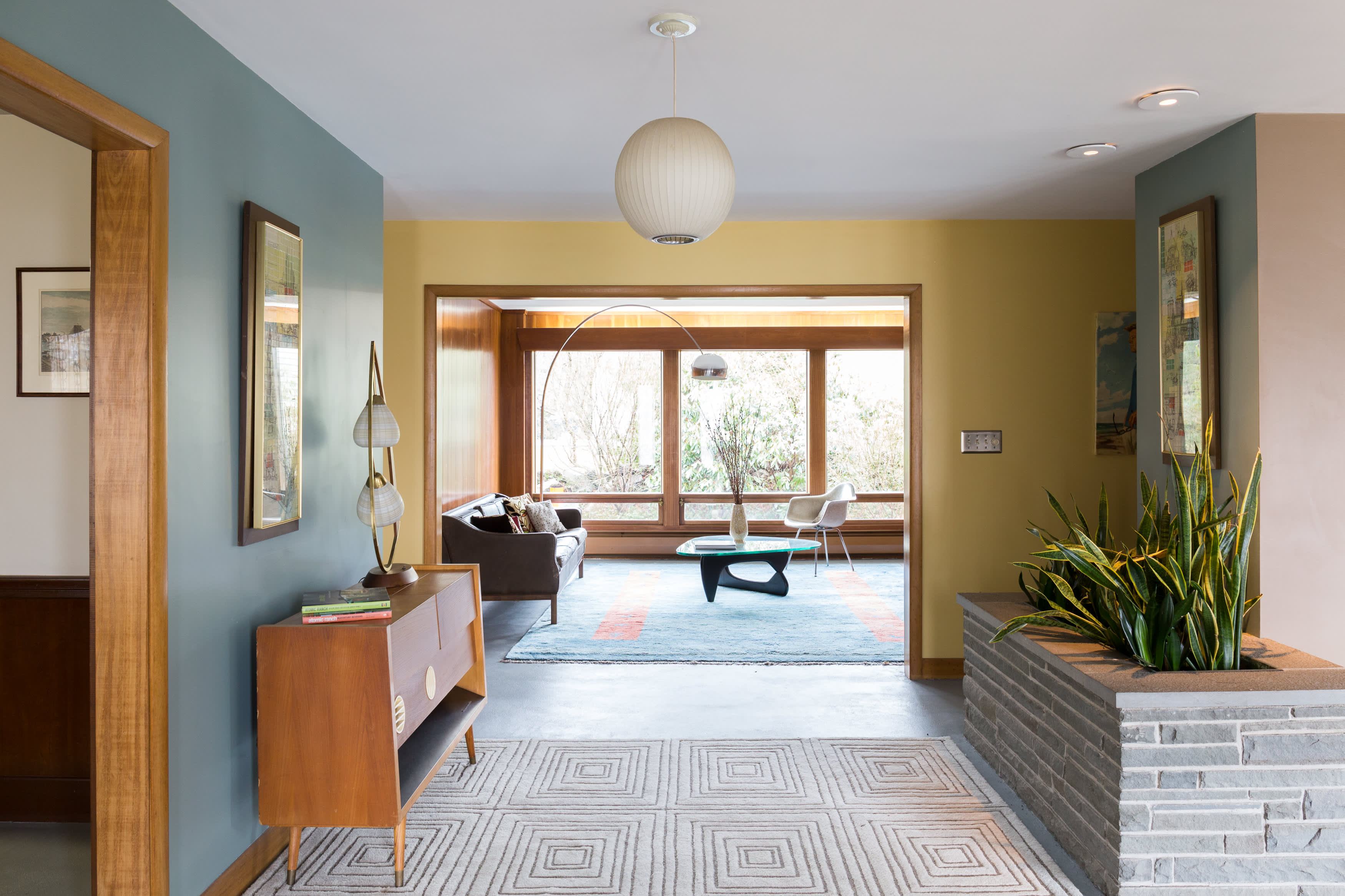 Image of: House Tour A Restored Mid Century Home In Rhode Island Apartment Therapy