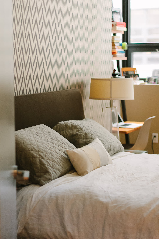 House Tour: A Contemporary Loft-Like Brooklyn Home ...