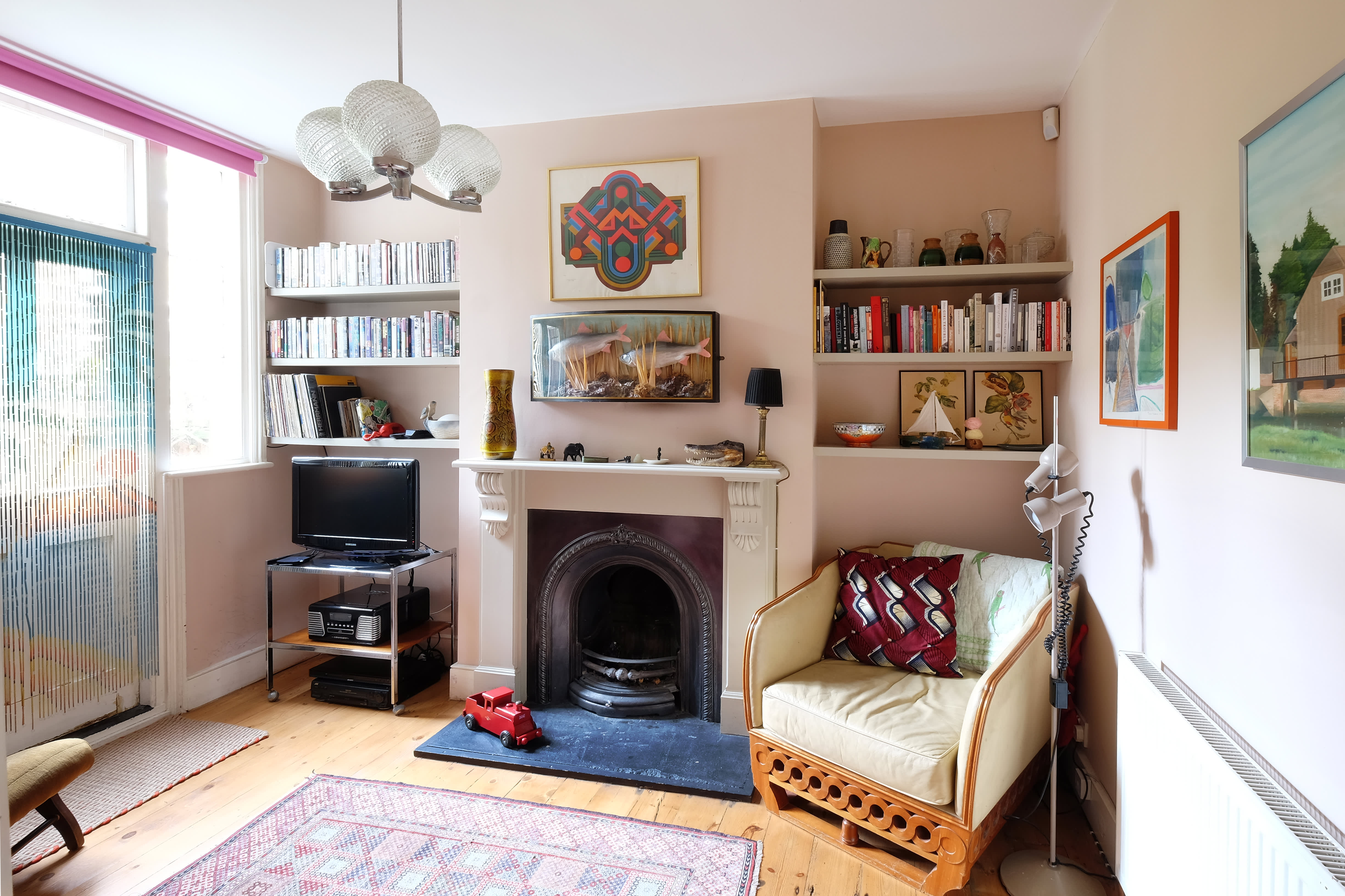 House Tour A 70s Style South East London Home Apartment Therapy