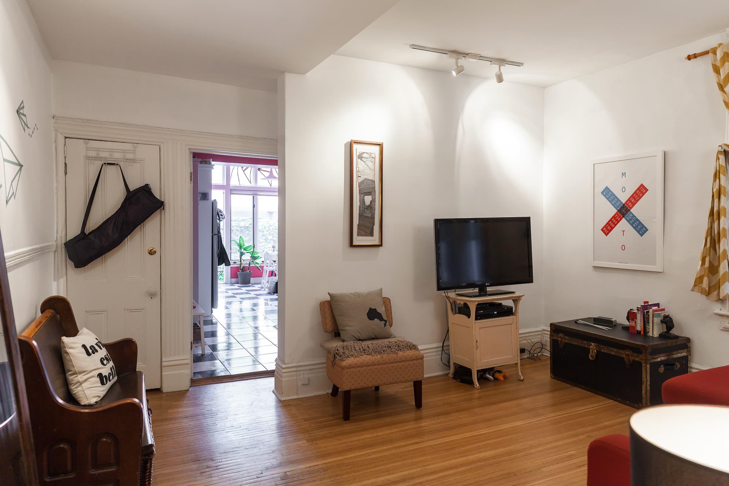 House Tour: A Small Toronto Apartment and Lush Patio ...