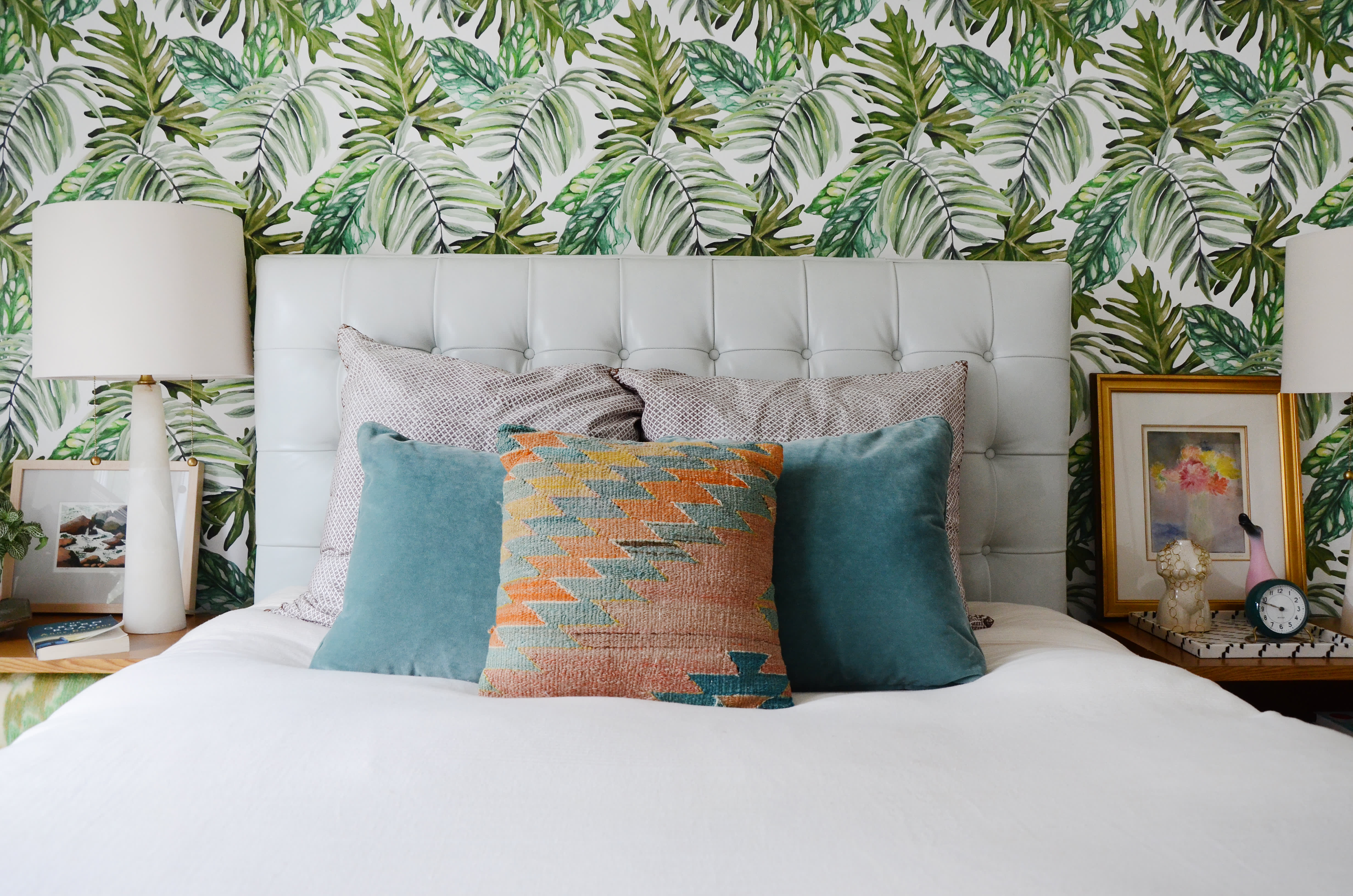 7 Colorful Bedrooms That Still Feel Serene