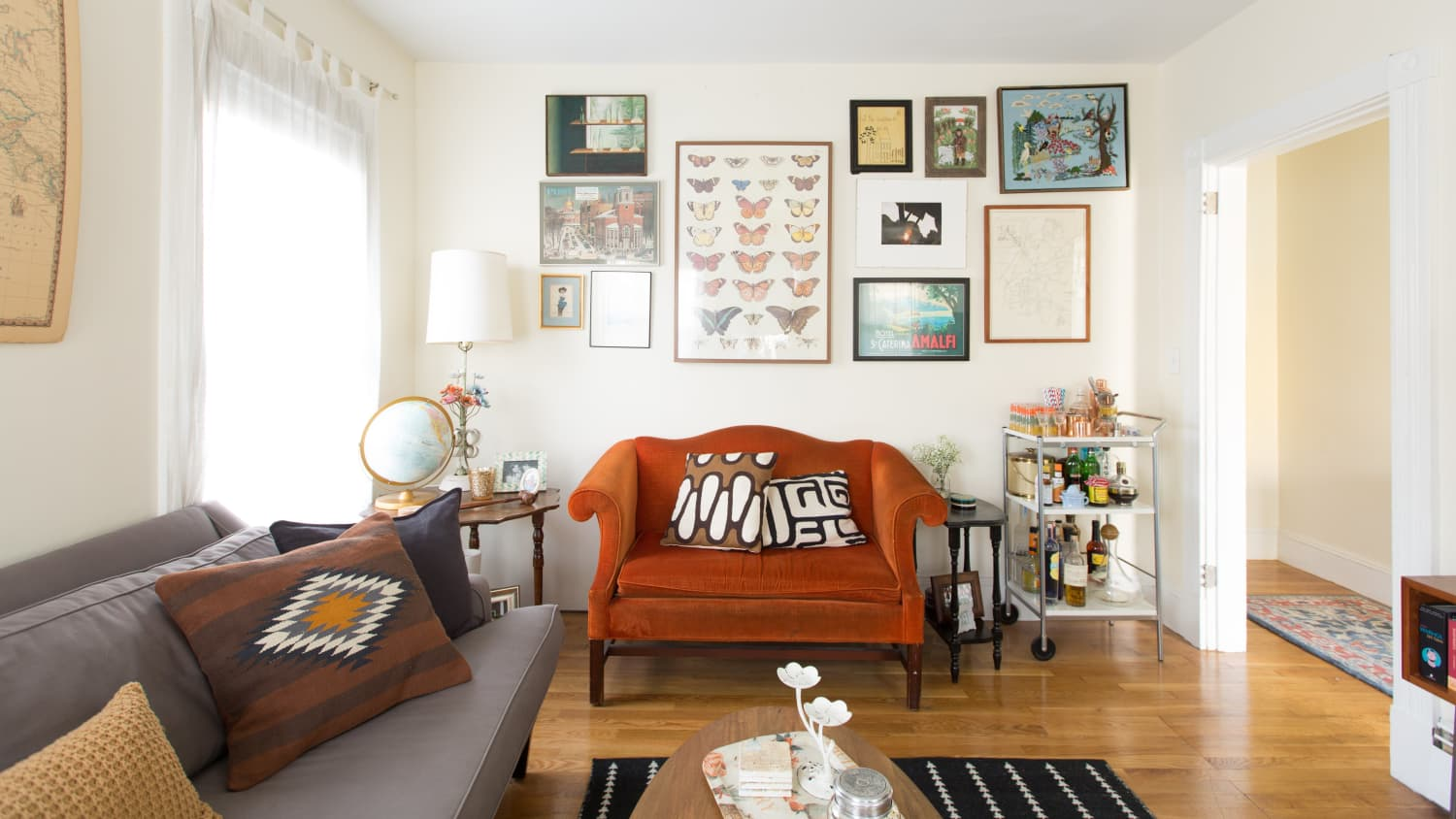 The 7 Best Living Room Decorating Tips According To Apartment Therapy Readers