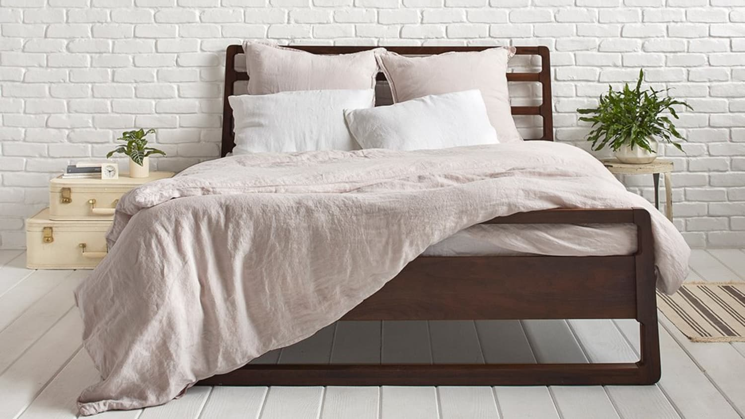 The Best Cotton And Linen Duvet Covers For A Great Night S Sleep Apartment Therapy
