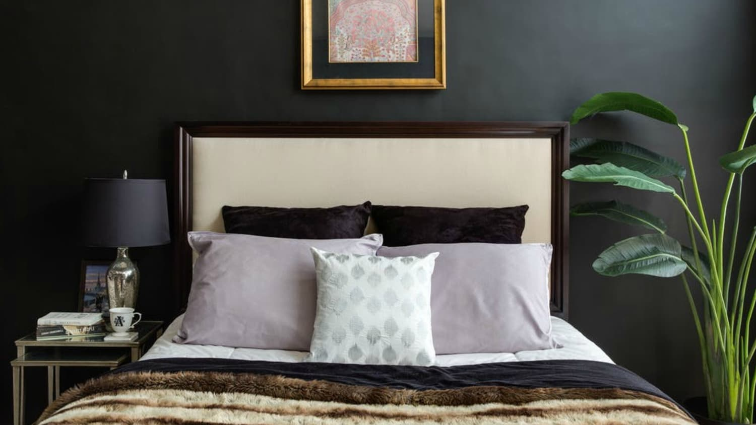 10 Ideas For How To Style Your Bed Pillows Apartment Therapy