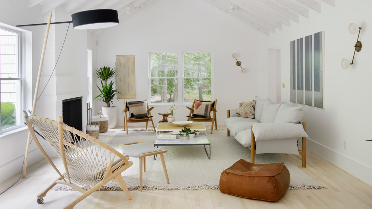 12 Minimalist Living Room Ideas - How to Use Minimalism in Living