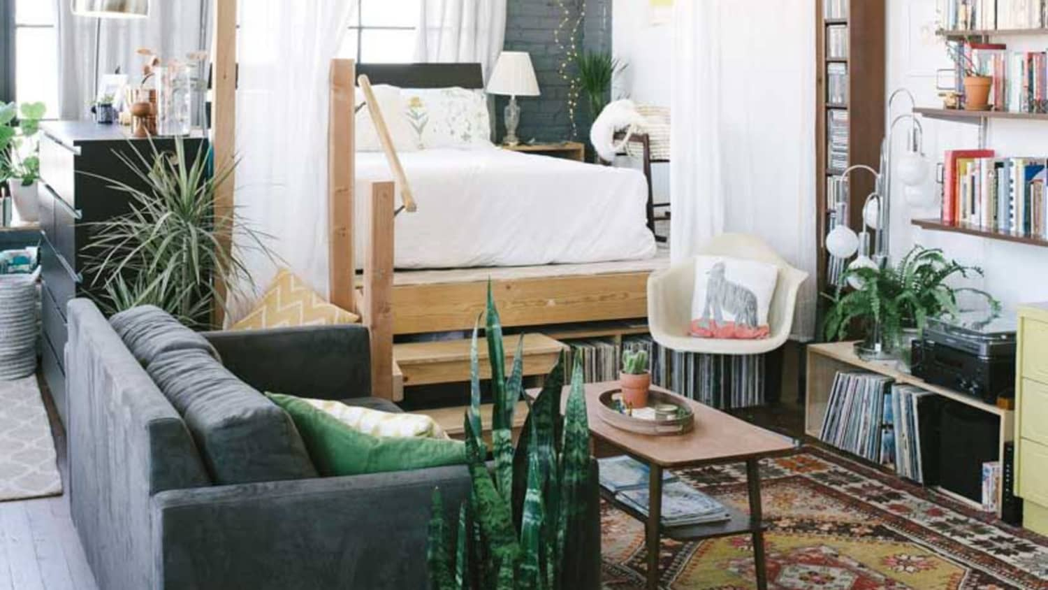 Deco Separation De Piece how to create a separate bedroom in a studio apartment