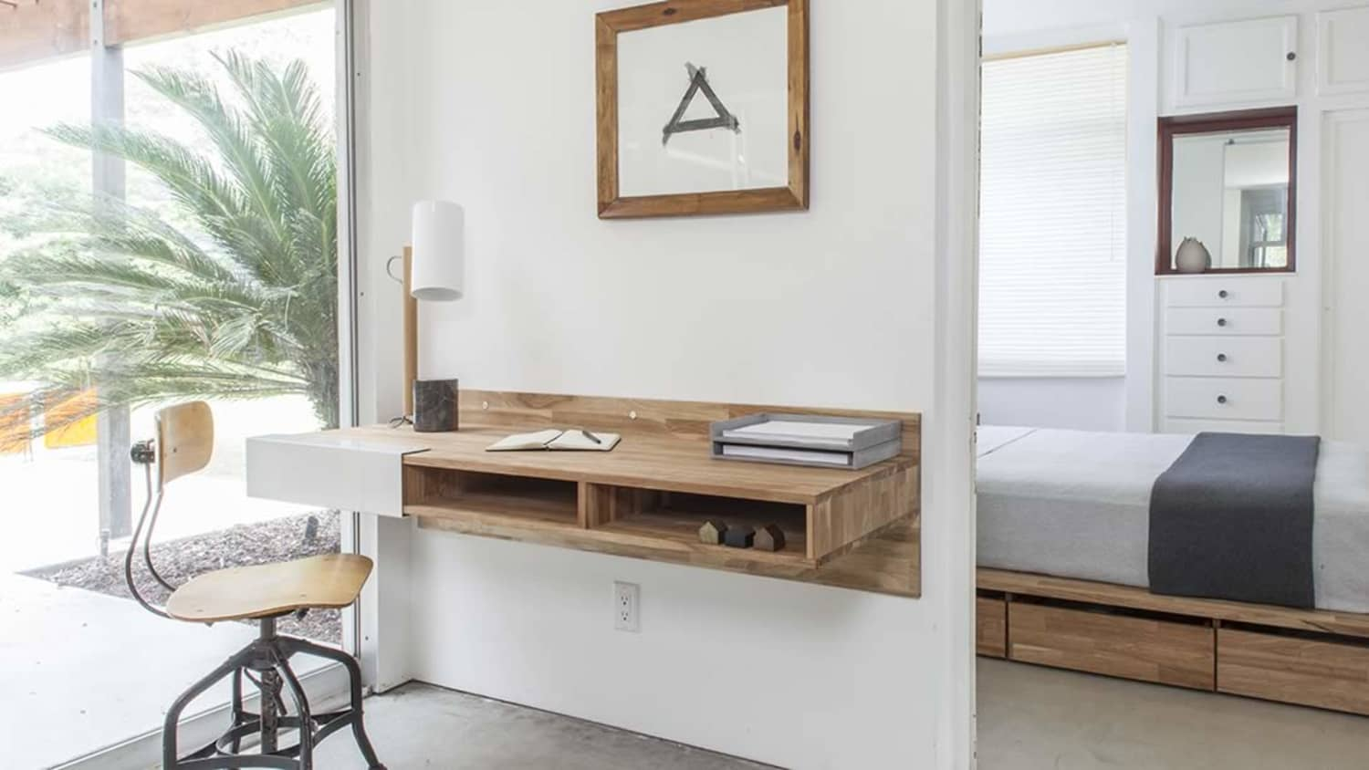 12 Best Wall Mounted Desks - Floating Desks to Save Space | Apartment  Therapy