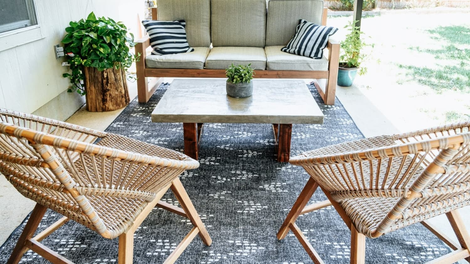 14 Diy Coffee Table Ideas Easy Ways To Build A Coffee Table Apartment Therapy