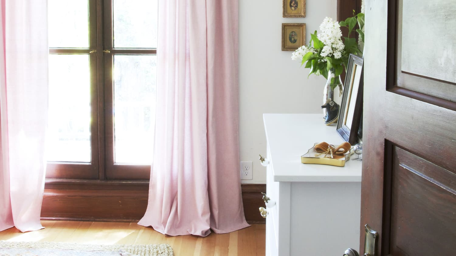 18 Diy Curtain Ideas Easy Ways To Make Curtains Apartment Therapy