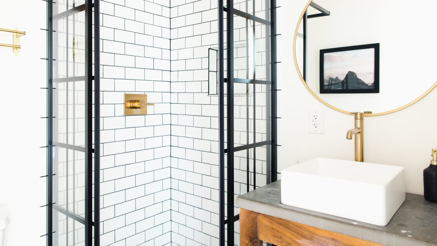 The Best Ways To Brighten Up A Window Free Bathroom Apartment Therapy