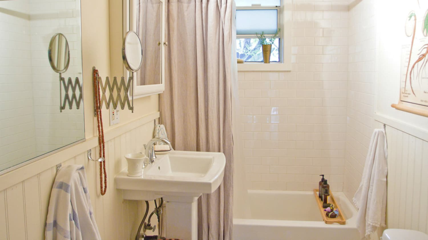 How To Clean Your Old Bathtub So It Looks New  Apartment Therapy