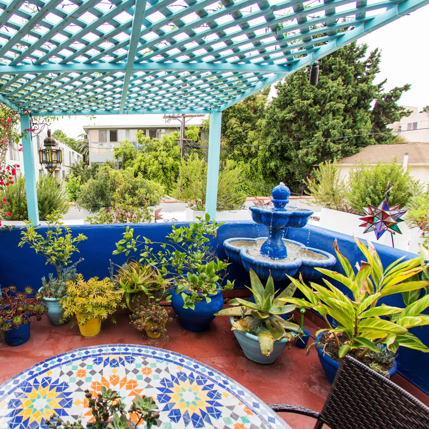 Carrie S Moroccan Inspired Los Angeles Patio Apartment Therapy