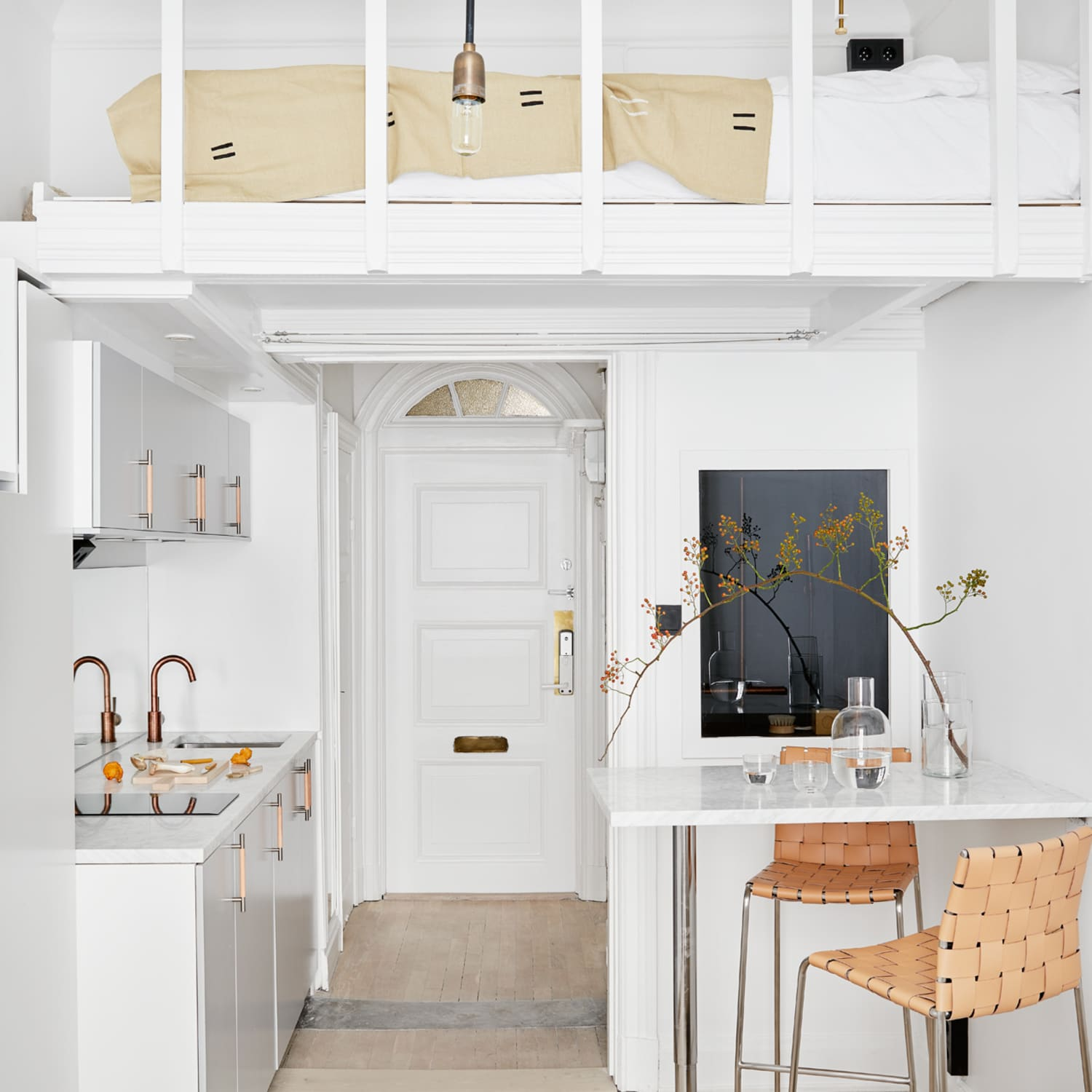Could You Live In Under 200 Square Feet Apartment Therapy
