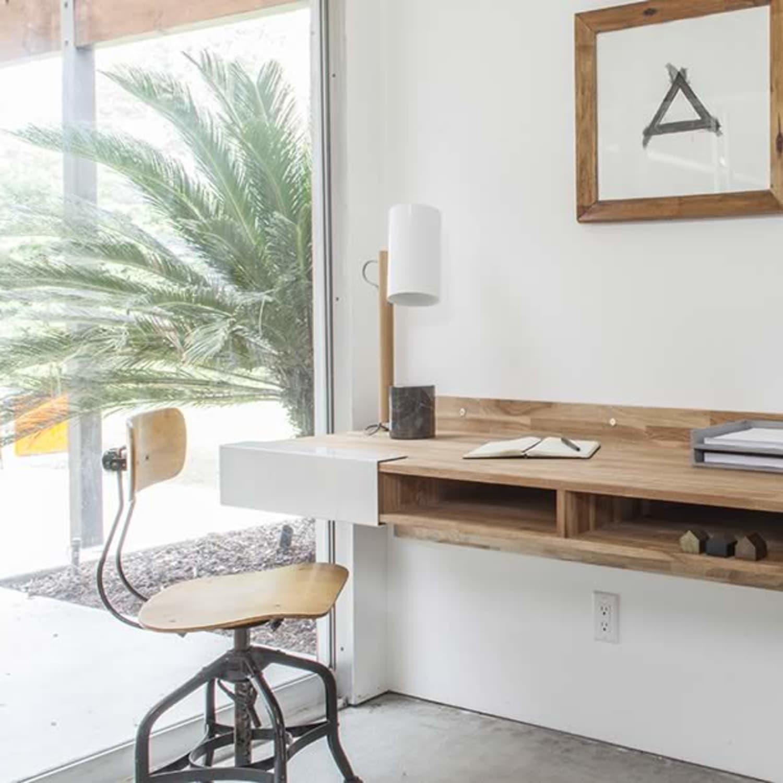 - 12 Best Wall Mounted Desks - Floating Desks To Save Space