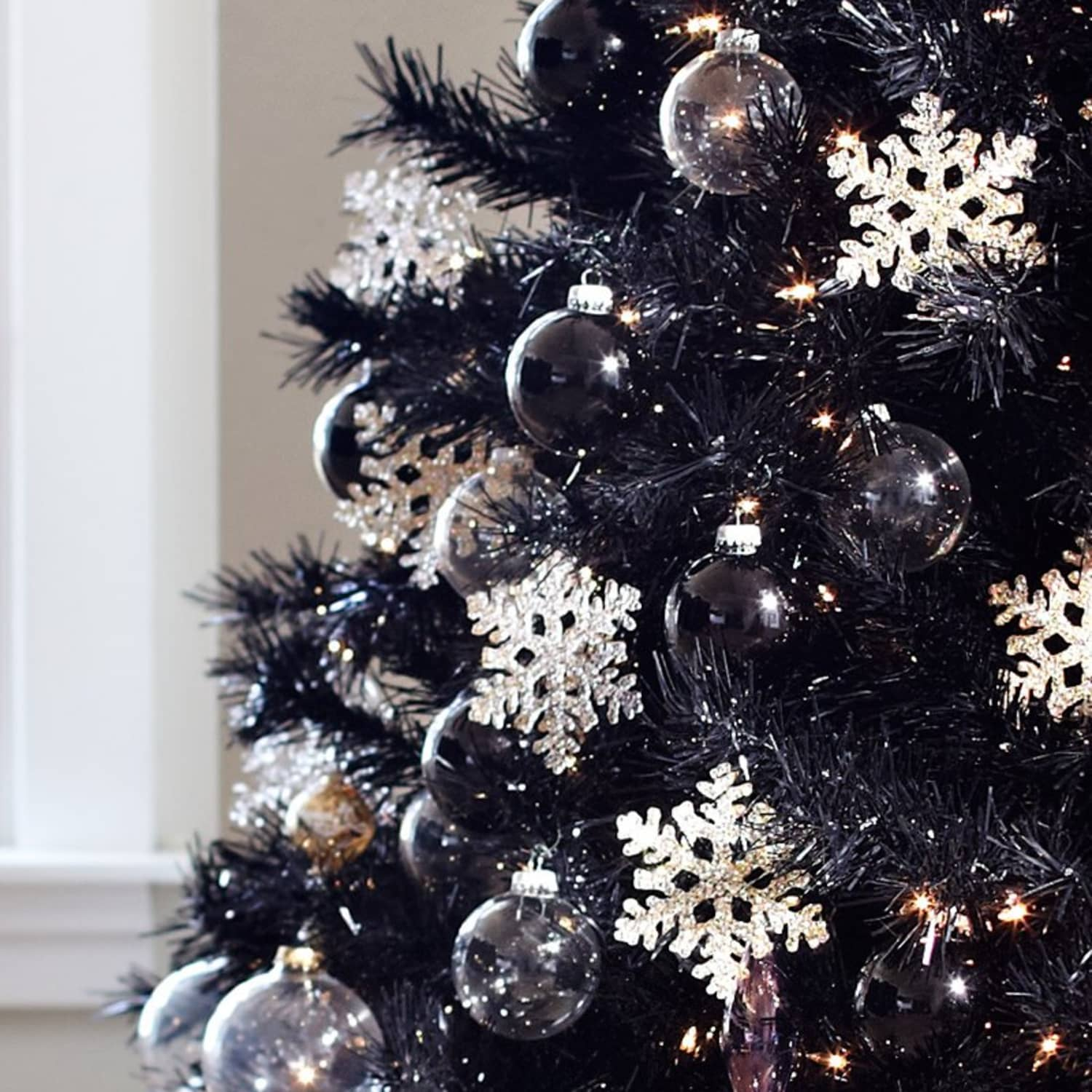 Treetopia Tuxedo Black Christmas Tree Review Apartment Therapy