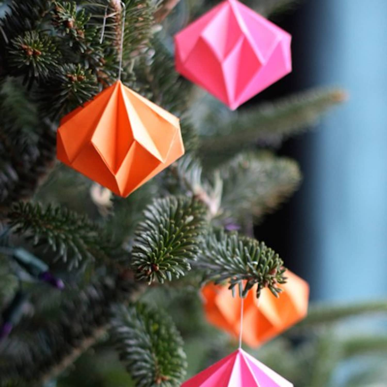 how to make an origami christmas tree with a dollar bill - Google ... | 1500x1500