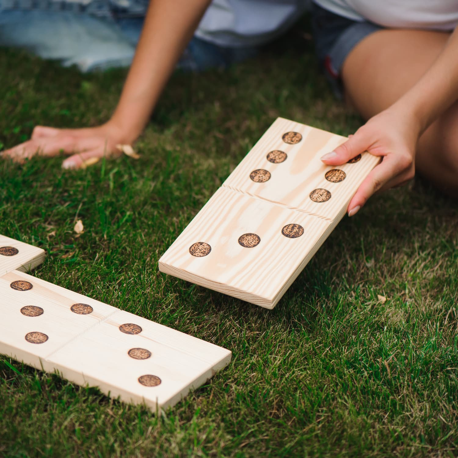 Outdoor Party Games For Adults Diy Lawn Games Apartment Therapy