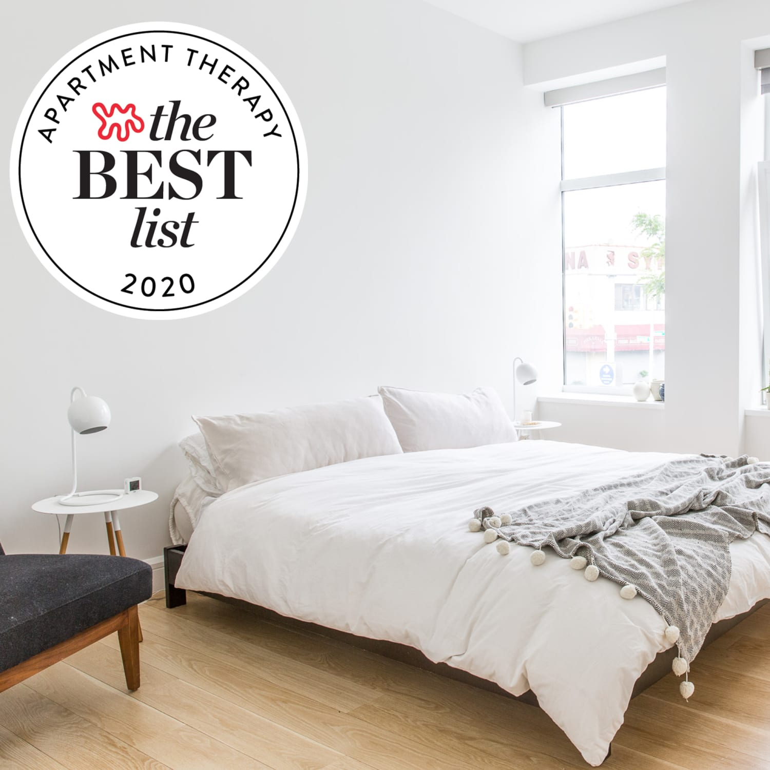 The Best Comforters Of 2021 Lightweight Down Alternative Down Apartment Therapy